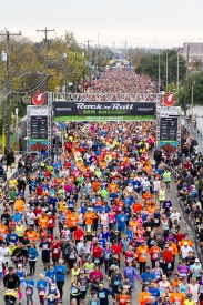 Rock 'n' Roll Marathon Series to Donate Meals for Miles Registered for its Texas Races