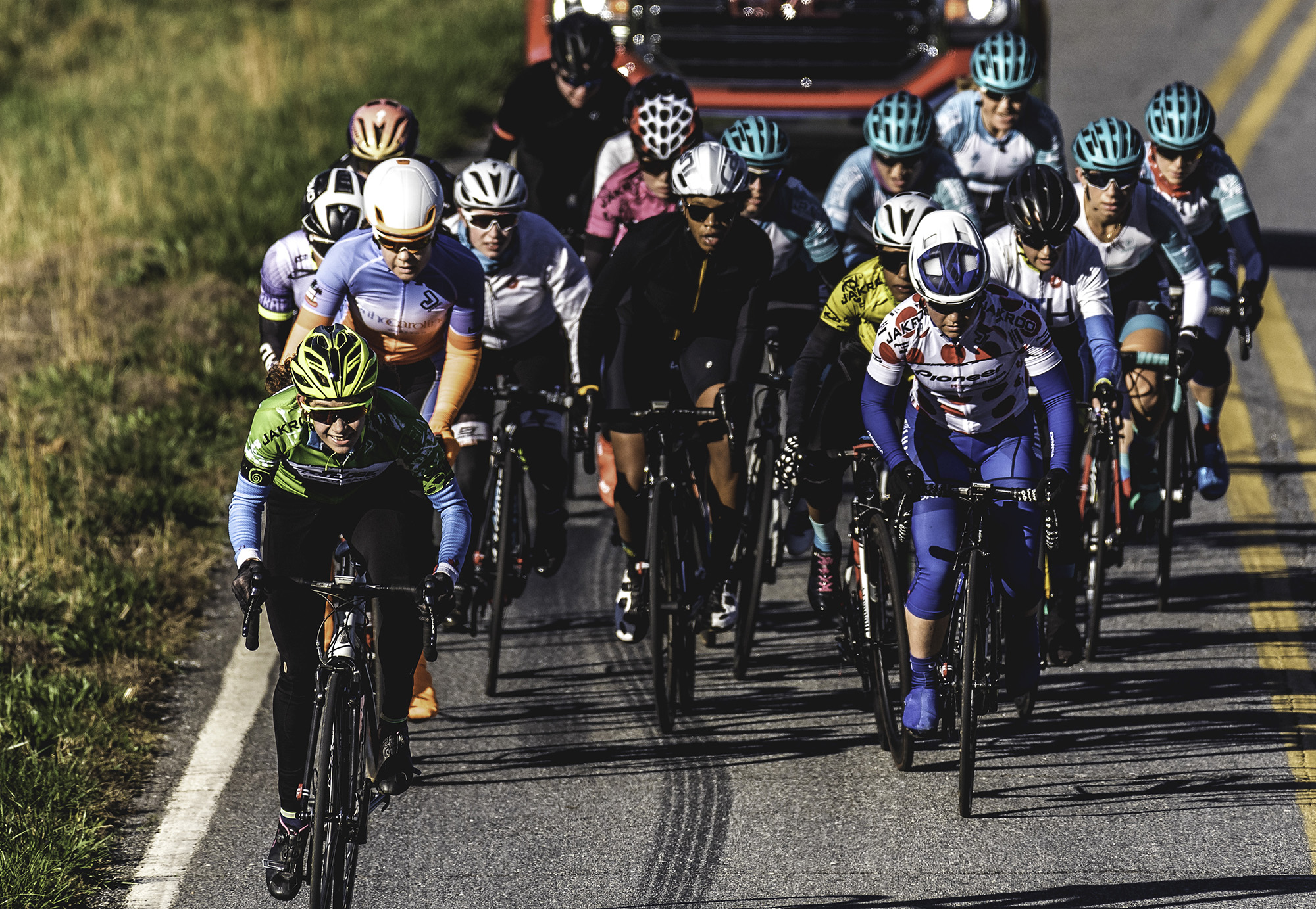 167570891 Tour of the Southern Highlands Continues Partnership with Jakroo Custom  Apparel for 2019