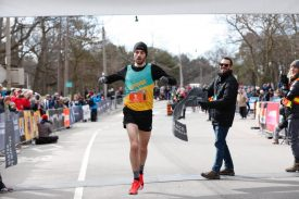 Woodfine and Sexton Claim Frigid Race Roster Spring Run-Off 8k