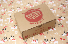The RunnerBox Unveils 2018 Limited Edition Holiday Box